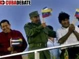 El presidente de Venezuela Hugo Chavez, Fidel Castro y Evo