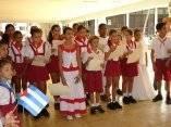 Calle 13 visita escuela Carlos Muñiz Varela en Bauta
