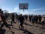 caravana-migrante-en-frontera-guillermo-arias-afp