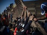 caravana-migrante-en-frontera-pedro-pardo-afp-3
