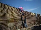 caravana-migrante-en-frontera-pedro-pardo-afp