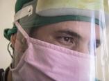 El Dr. Rubén Alberto González Duany es especialista del Policlínico