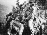 Che cabalgando en el Escambray. 1958.