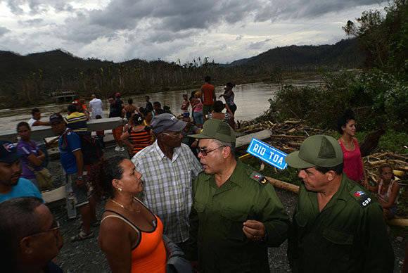 Erigen puente solidario entre Moa y Baracoa