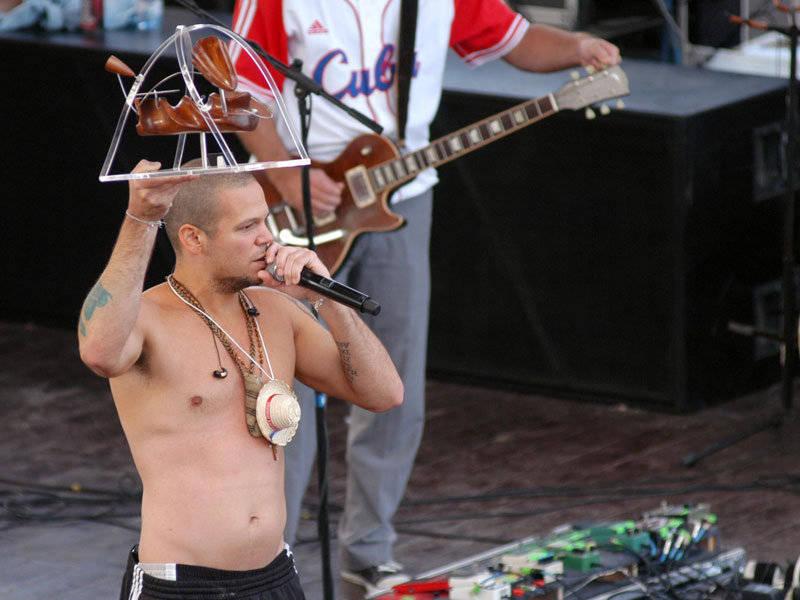 Residente Calle 13 recibe Premio Internacional Cubadisco en concierto  de La Habana, Cuba