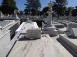 descuidos-silentes-en-el-cementerio-de-colon-17