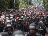 El pueblo hondureño esperando a Zelaya