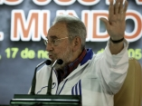 Fidel Castro 9427 Roberto Chile.jpg