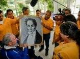 Fidel con jóvenes abogados venezolanos