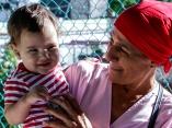 Educadora del hogar de niños sin amparo familiar, en La Habana. Foto: Abel Padrón Padilla/Cubadebate