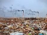 una-planta-de-incineracion-de-residuos-y-su-entorno-en-bangladesh