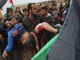 un-joven-palestino-es-trasladado-despues-de-haber-sido-herido-durante-una-manifestacion-cerca-de-la-frontera-con-israel-afp