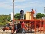 """Preparativos en la Plaza de la Revolución """"José Martí"""" para el Concierto Paz sin Fronteras."""