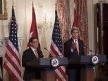 Rueda de Prensa conjunta del Canciller Bruno Rodríguez Parrilla (derecha) y el Secretario de Estado John Kerry en el Salón Benjamin Franklin, del Departamento de Estado, en Washington el 20 de julio de 2005. Foto: Ismael Francisco/ Cubadebate