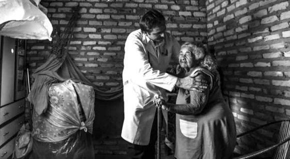 Médicos cubanos atienden a los más pobres