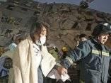 cientos-de-personas-han-sido-rescatadas-pero-los-equipos-aun-buscan-supervivientes-ap