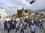 Haiti, 48 horas después del terremoto. Fotos: Boston Globe