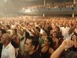 El público disfrutó, bailó y cantó en el concierto que realizara la Orquesta en diciembre de 2009, por la celebración de sus 40 años.