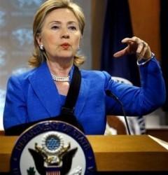 Hillary Clinton, en conferencia de Prensa este martes. Foto: AP.