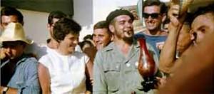 Detalle en baja resolución de una fotografía en color del Che- NICOLA SEYD / CUBA SOLIDARITY CAMPAIGN