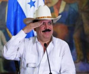 Zelaya se mantiene en la frontera hasta las últimas consecuencias