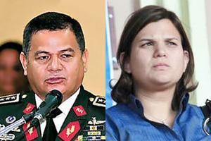 General Romeo Vasquez Velasquez (izquierda) Jefe de las Fuerzas Armadas y Aline Flores (derecha) presidenta de la Cámara de Comercio e Industria de Tegucigalpa