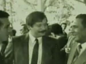 Leopoldo Castillo con Roberto D'Aubuisson (acusado de estar tras varias masacres e incluso tras la muerte de Oscar Arnulfo Romero) y José Napoleón Duarte.