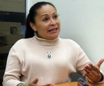 La reportera gráfica venezolana Wendys Olivo fue agredida al resistirse a ser despojada de su equipo fotográfico.