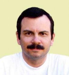 Fernando González Llort.