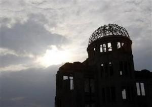 La cúpula del monumento contra la bomba atómica en Hiroshima. Foto: Reuters.