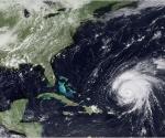 """Una imagen de satélite del huracán sobre la posición del proyecto de ley el jueves. """"Cualquier tormenta que se va hacia la Florida sobre Cuba, por lo que necesitamos sus observaciones"""", dijo Max Mayfield, un especialista en huracanes. """"Y que necesitan nuestros datos desde el avión""""."""