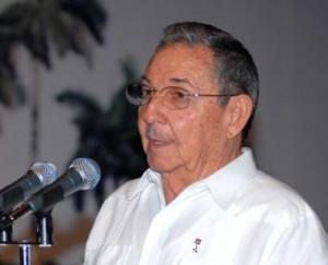 Raul Castro Congratulates Cuban Paralympic Delegation