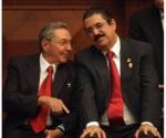 Raúl y Zelaya, este lunes en Quito.