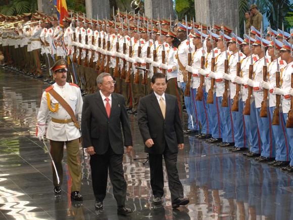 Recibe Raúl Castro a presidente de Viet Nam Nguyen Minh Triet