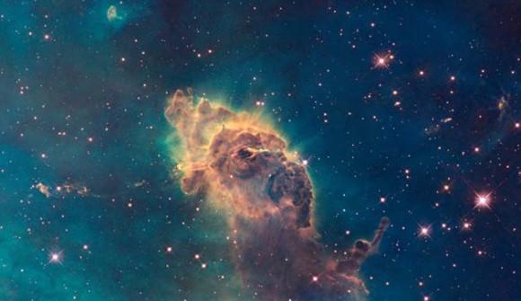 Foto: Esta imagen sin fecha suministrada por la NASA el miércoles 9 de septiembre del 2009, captada desde el telescopio espacial Hubble se ve la galaxia en espiral NGC 6217 (AP Foto/NASA)