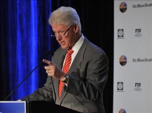 El ex presidente de Estados Unidos y enviado especial de la ONU en Haití, Bill Clinton, durante la primera jornada de la Conferencia de las Américas organizada en Miami (EEUU). (Foto: EFE)