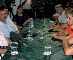 Miguel D' Escoto se reunió con familiares de los cinco antiterroristas cubanos encarcelados en Estados Unidos