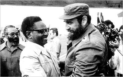 Colaboradores cubanos dedican homenaje a Fidel Castro y Agostinho Neto
