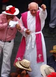 El Padre Fausto Milla, en Santa Rosa de Copán.