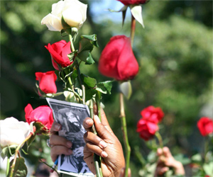 Emotivo homenaje a Almeida en histórico Parque Céspedes
