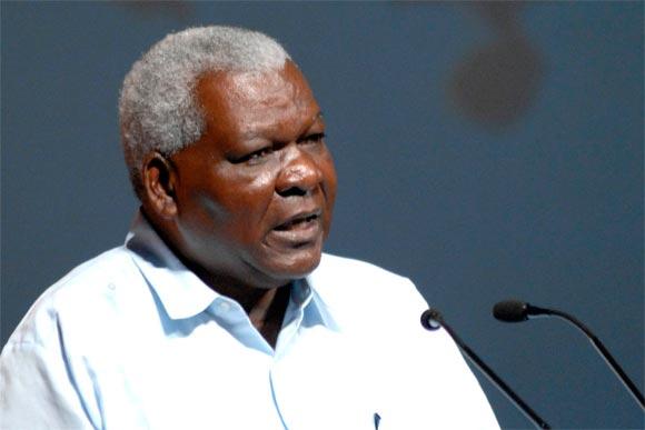 Inicia presidente de Asamblea Nacional de Cuba visita a Vietnam