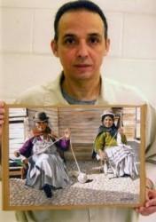 Antonio Guerrero dibuja mujeres bolivianas
