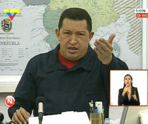 Chávez pide a Obama que entregue a Venezuela a Posada Carriles