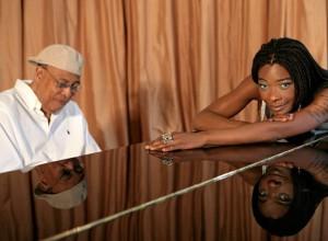 A Cuba hay que ir porque es fascinante, dice Buika