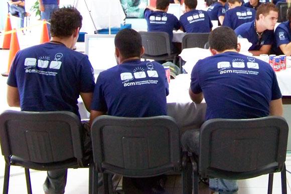 Concurso Universitario Internacional de Programación ACM-ICPC en la Universidad de las Ciencias Informáticas