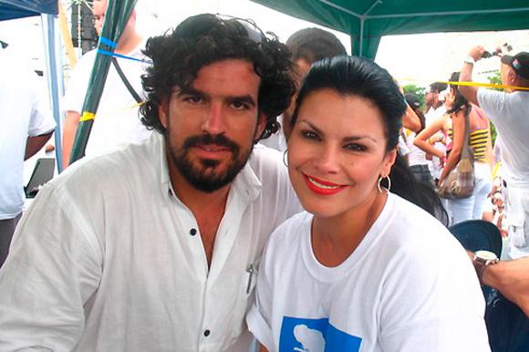 Olga Tanon y Ernesto en el Concierto Paz sin Fronteras