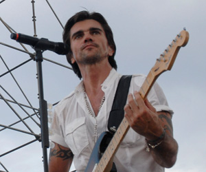Juanes congratula a Omara Portuondo por su Grammy Latino (+ video)