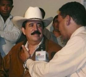 Manuel Zelaya en la Embajada de Brasil, en Tegucigalpa. (Foto: EFE)