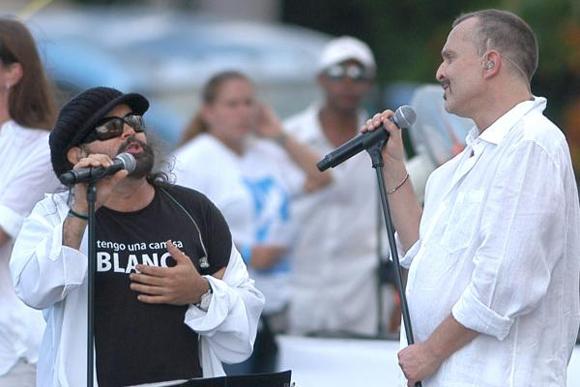 Miguel Bose y Carlos Varela, Concierto Paz sin Fronteras