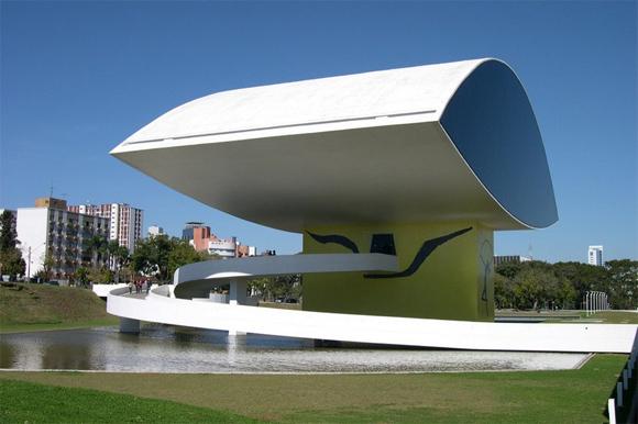 Museo Oscar Niemeyer (Novo Museu), en Curitiba (Brasil).